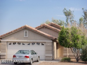 817 E Yuma Avenue, Apache Junction, AZ 85119