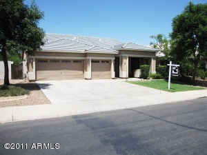 1000 S PUEBLO Street, Gilbert, AZ 85233