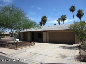 555 W KEATS Avenue, Mesa, AZ 85210