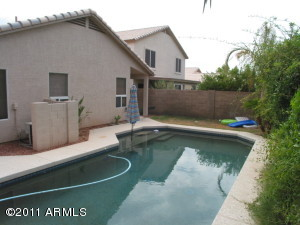 156 W SAGEBRUSH Street, Gilbert, AZ 85233
