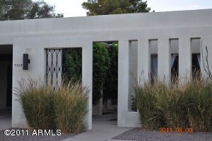 4304 E PICCADILLY Road, Phoenix, AZ 85018