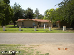 GILBERT CUSTOM ACRE UNDER 300K