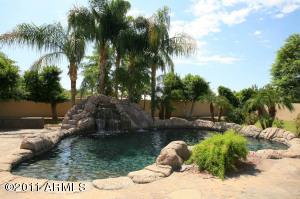 9571 E CHARTER OAK Drive, Scottsdale, AZ 85260