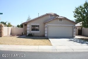 583 S CHURCHILL Drive, Gilbert, AZ 85296