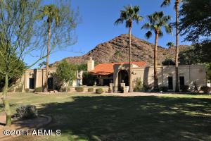8213 N LOMA Lane, Paradise Valley, AZ 85253
