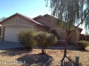 835 W 11TH Avenue, Apache Junction, AZ 85120