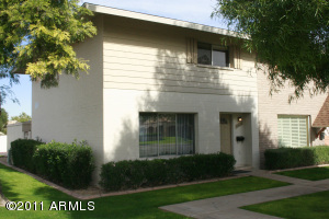 8536 E MCDONALD Drive, Scottsdale, AZ 85250