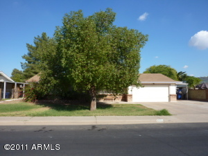 705 N ORACLE Street, Mesa, AZ 85203