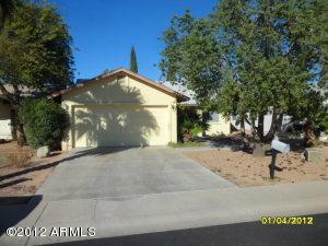 636 W ROSAL Drive, Apache Junction, AZ 85120