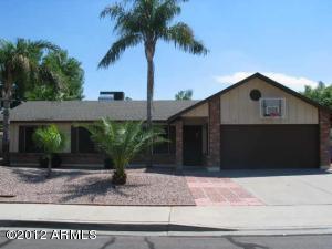 3819 E HAMPTON Avenue, Mesa, AZ 85206