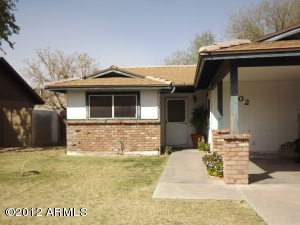 702 W Emerald Avenue, Mesa, AZ 85210