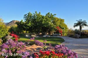 9715 E Calle De Valle Drive, Scottsdale, AZ 85255