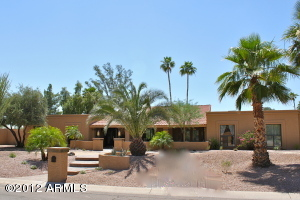 Spectacular Showplace in Prime Scottsdale Location!