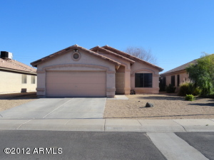 900 E Yuma Avenue, Apache Junction, AZ 85119