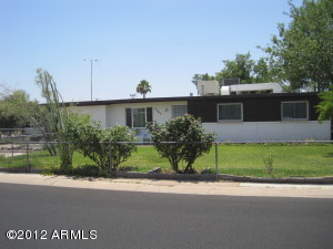 2707 E 2nd Street, Mesa, AZ 85213