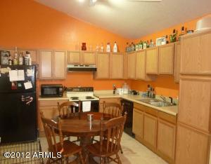 633 N MAY Street, 24, Mesa, AZ 85201