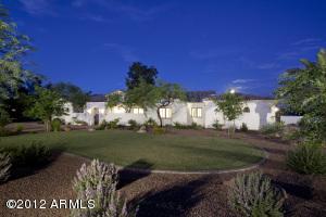 9037 N 52nd Street, Paradise Valley, AZ 85253