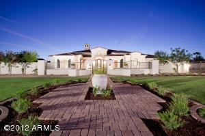 9328 N Morning Glory Road, Paradise Valley, AZ 85253
