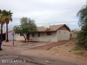 1843 S MORENO Drive, Apache Junction, AZ 85120
