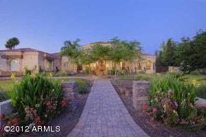 6223 E Via Estrella Avenue, Paradise Valley, AZ 85253
