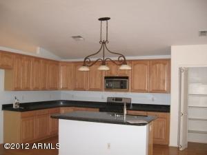 706 W MELODY Avenue, Gilbert, AZ 85233