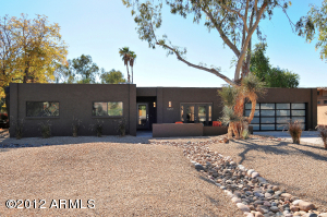 Fully renovated and updated Paradise Valley gem