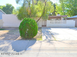 1033 E NIELSON Avenue, Mesa, AZ 85204