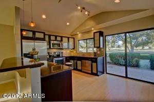 7835 N PINESVIEW Drive, Scottsdale, AZ 85258