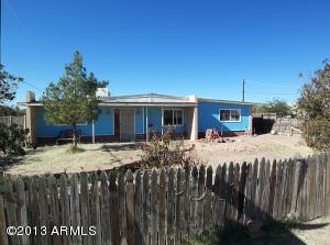 782 S GRAND Drive, Apache Junction, AZ 85120