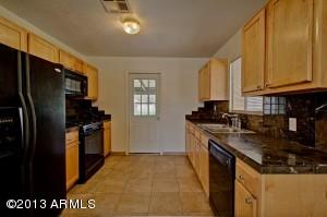 8126 E 2ND Avenue, Mesa, AZ 85208