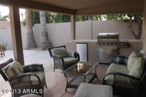 8825 E KALIL Drive, Scottsdale, AZ 85260