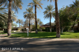 4716 E CALLE TUBERIA, Phoenix, AZ 85018