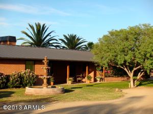 6806 E MCDONALD Drive, Paradise Valley, AZ 85253