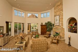 Scottsdale, mountain and golf course views, Troon, Glenn Moor, guard gated