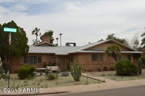 8731 E MINNEZONA Avenue, Scottsdale, AZ 85251