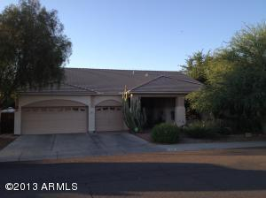 136 E SMOKE TREE Road, Gilbert, AZ 85296