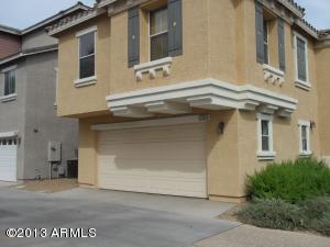 762 N LAGUNA Drive, Gilbert, AZ 85233
