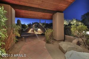 9095 E HACKAMORE Drive, Scottsdale, AZ 85255
