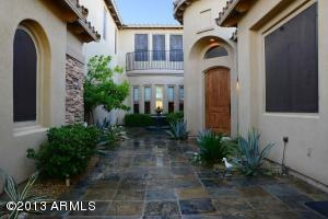 WELCOME HOME Gated private courtyard with lovely fountain