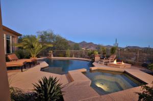 9555 E HAVASUPAI Drive, Scottsdale, AZ 85255