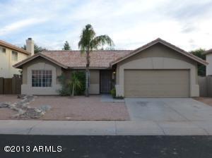 525 W LAREDO Avenue, Gilbert, AZ 85233