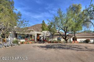 4930 E PALOMINO Road, Phoenix, AZ 85018