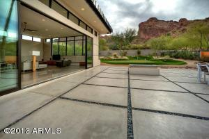 Beautiful Back Yard- 6002 N 52nd Pl, Paradise Valley, AZ