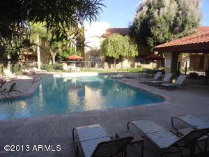 7008 E GOLD DUST Avenue, 132, Paradise Valley, AZ 85253