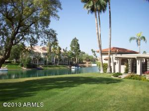 10570 E CINNABAR Avenue, Scottsdale, AZ 85258