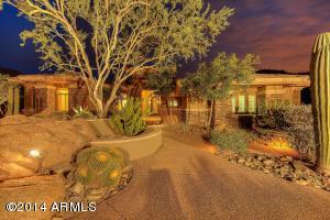 11669 E WINCHCOMB Drive, Scottsdale, AZ 85255