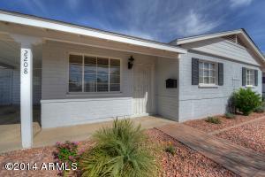2208 W PALMAIRE Avenue, Phoenix, AZ 85021