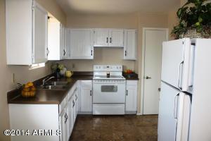 940 S SAGUARO Drive, Apache Junction, AZ 85120