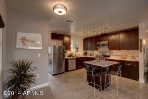 9425 N 3RD Avenue, Phoenix, AZ 85021