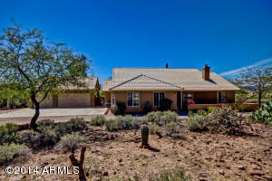 720 S HOLMES Road, Apache Junction, AZ 85119